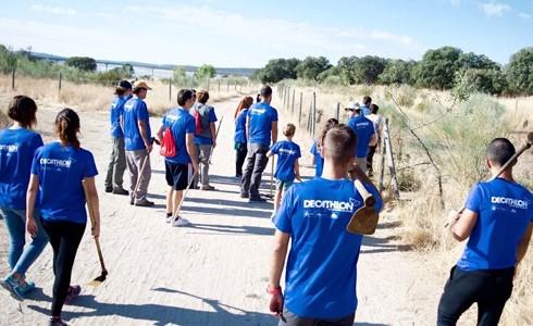 Jornada al bosc amb voluntaris de Decathlon Terrassa 24/09/17