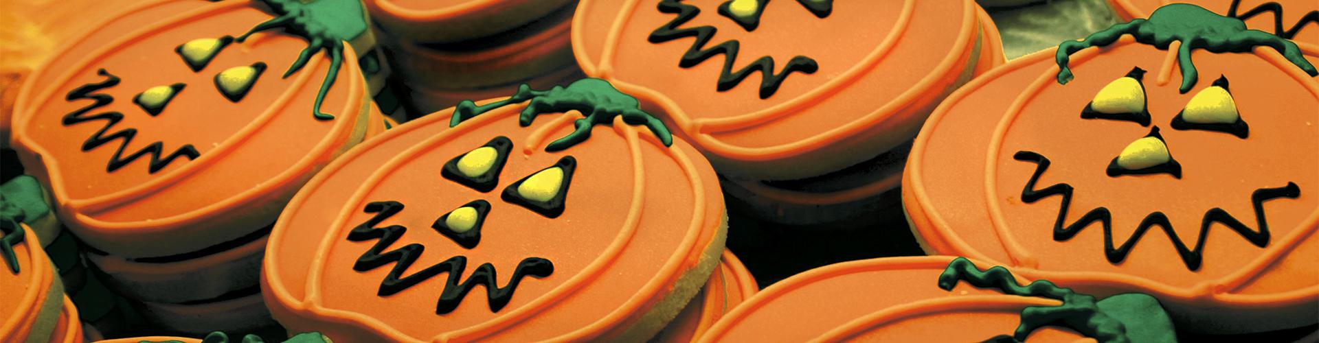 """""""PETITS A LA CUINA / Receptes per a Halloween i la Castanyada"""""""